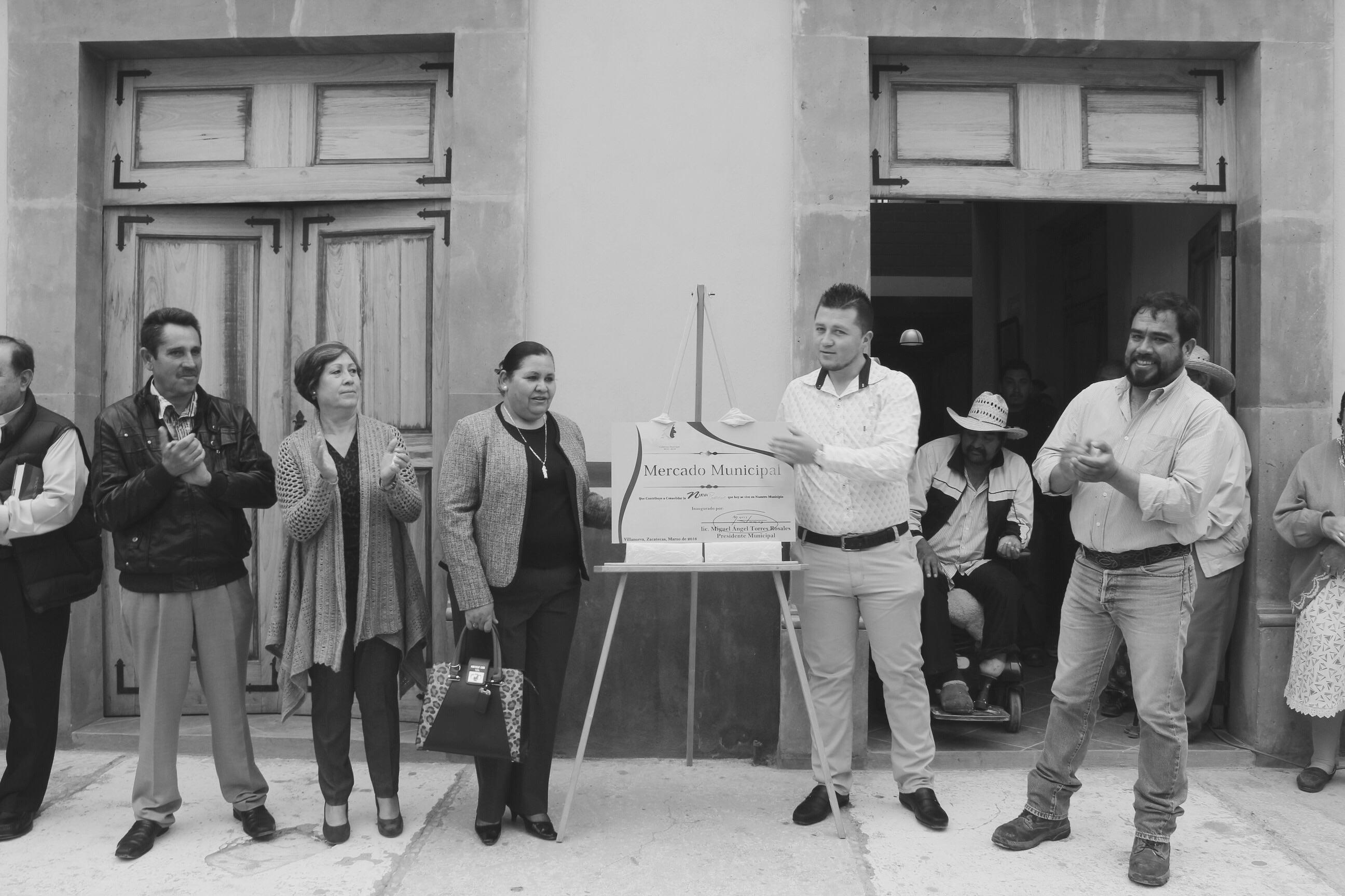 Inauguran nuevo mercado en Villaneva