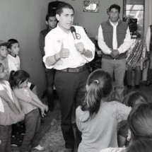 """""""Vengo con la frente en alto a pedir su apoyo"""": Carlos Peña"""