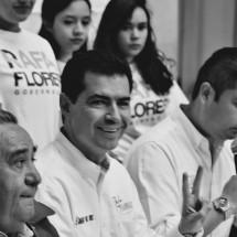 Se compromete Rafa Flores con la UAZ