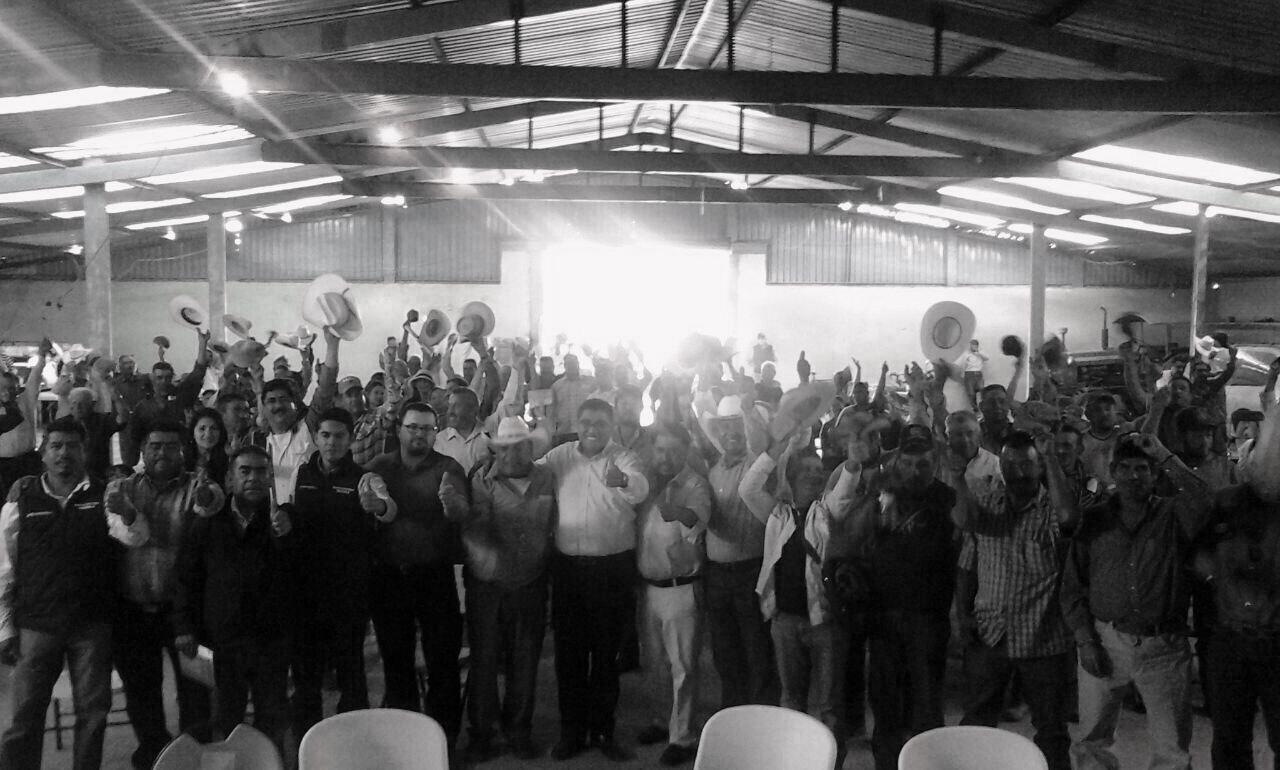 200 productores pinenses se unen a Morena