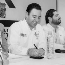 GARANTIZA ALEJANDRO TELLO TRANSPARENCIA ANTE PROVEEDORES DE GOBIERNO Y COMERCIANTES