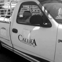 ATRAPAN A FUNCIONARIOS DE CALERA REPARTIENDO DESPENSAS
