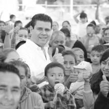 INAUGURA MIGUEL ALONSO 3 CENTROS DE SALUD