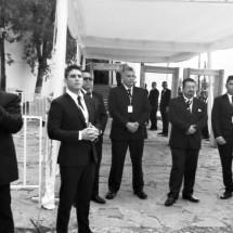 PORROS REVIENTAN CONGRESO Y GOLPEAN A MAESTROS DEMOCRATICOS