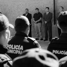 GOBIERNO ABIERTO, OFRECE ENRIQUE FLORES DURANTE RECORRIDO