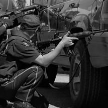 ENFRENTAMIENTO EN MIGUEL AUZA; UN MUERTO, TRES POLICÍAS HERIDOS