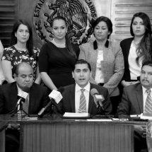 DIPUTADOS OFICIALISTAS SEÑALAN A MINEROS DE VIOLENTOS
