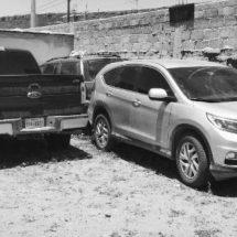 ASEGURAN ARMAS, CAMIONETAS, PARQUE Y EQUIPO TÁCTICO