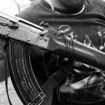PIDEN CÁRCEL PARA QUIÉN PORTE ARMAS DE GRUESO CALIBRE