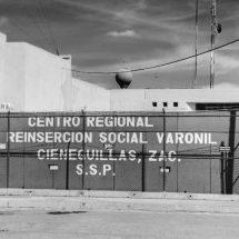 """OTRA VEZ HALLAN DROGA, """"PUNTAS"""" Y CELULARES EN EL CERERESO"""