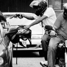 NO HAY EXCUSAS NI TOLERANCIA: MOTO SIN PLACAS SE VA AL CORRALÓN
