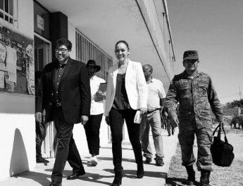 VERÓNICA DÍAZ Y SAÚL MONREAL SUPERVISAN PREDIO PARA EL BANCO DEL BIENESTAR
